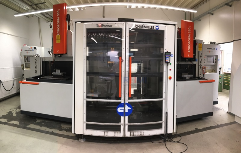 CHARMILLES ROBOFORM 350 & 550 + ROBOT TOOLPARTNER sold in France